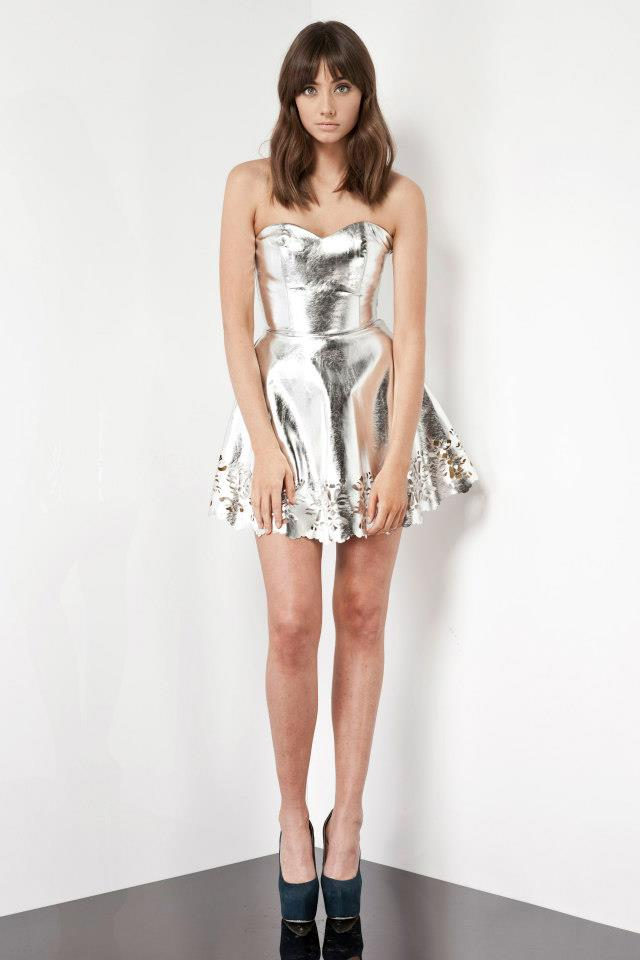 keepsake-pretty-young-things-silver-tube-dress