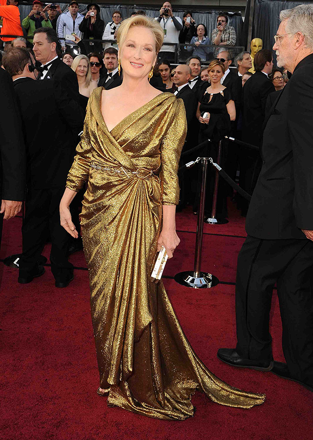 merylstreep-lanvin-gold-eco-fashion-gown-oscar