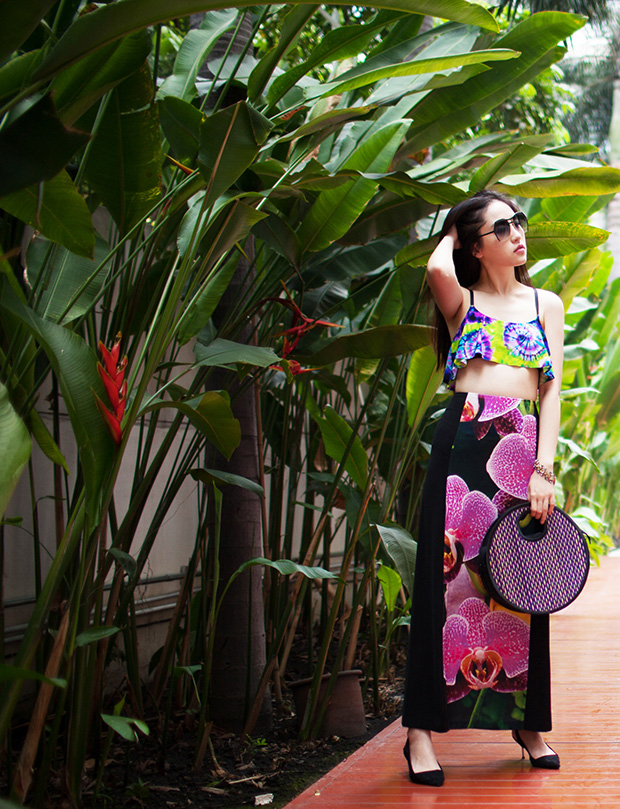 elleiconlee_pool_outfit_tropical_garden_01