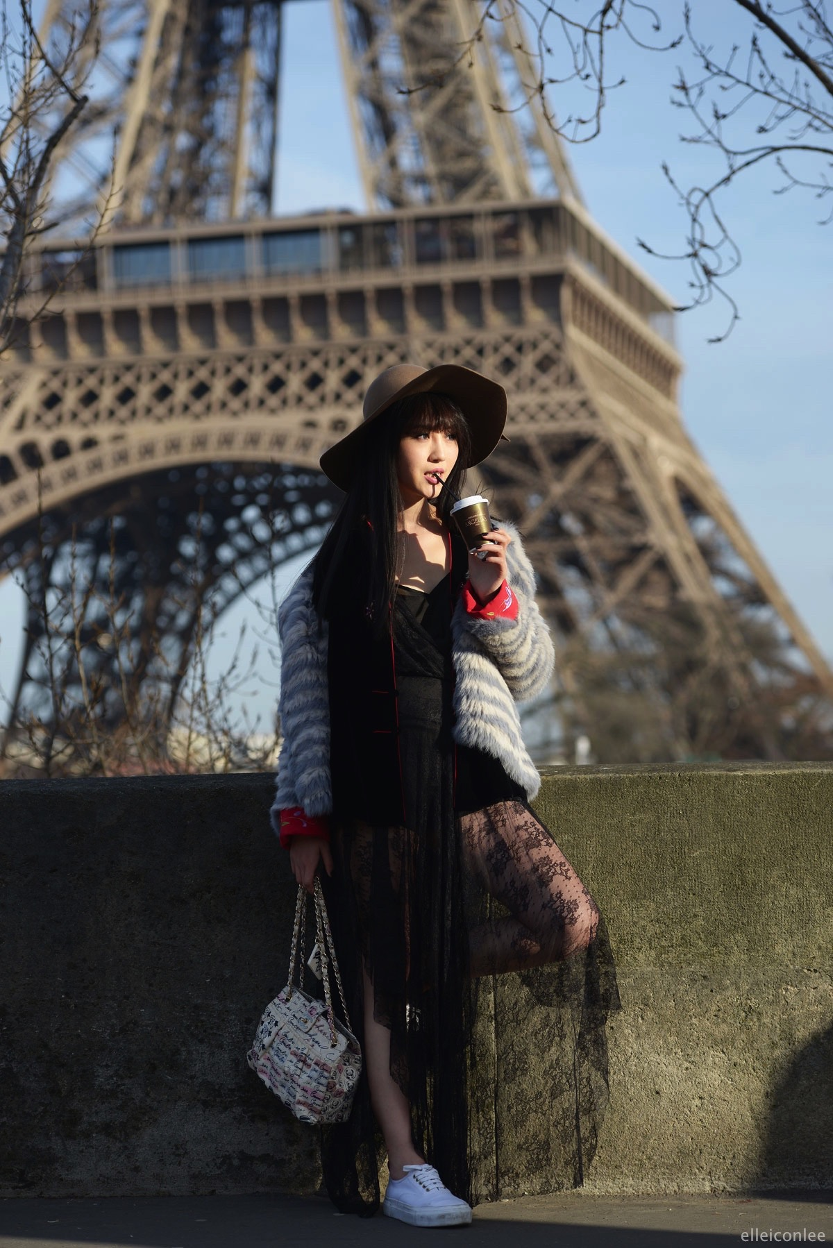 Eiffel Tower_Paris_France_elleiconlee_streetstyle_March_2015_pfw_03