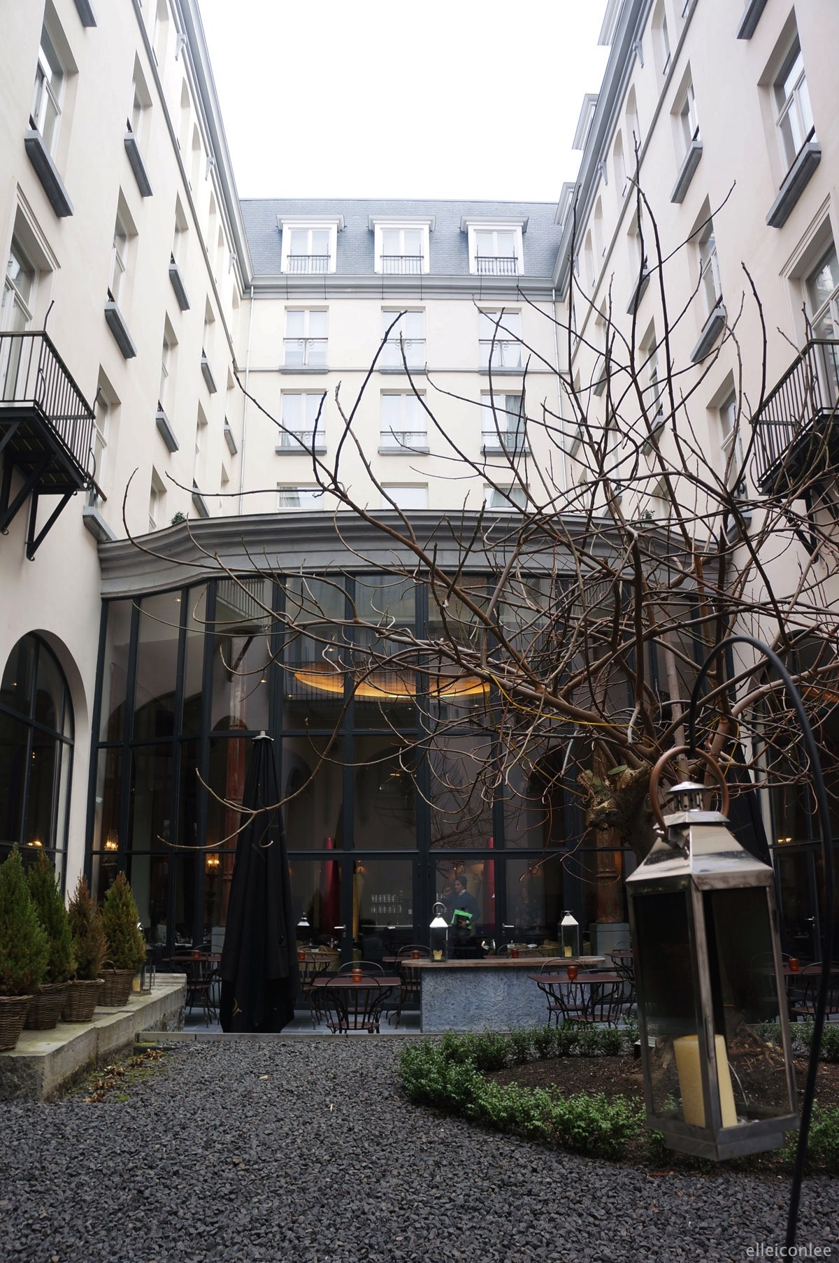 Brussels_Belgium_design_hotel_terrace_2015_01