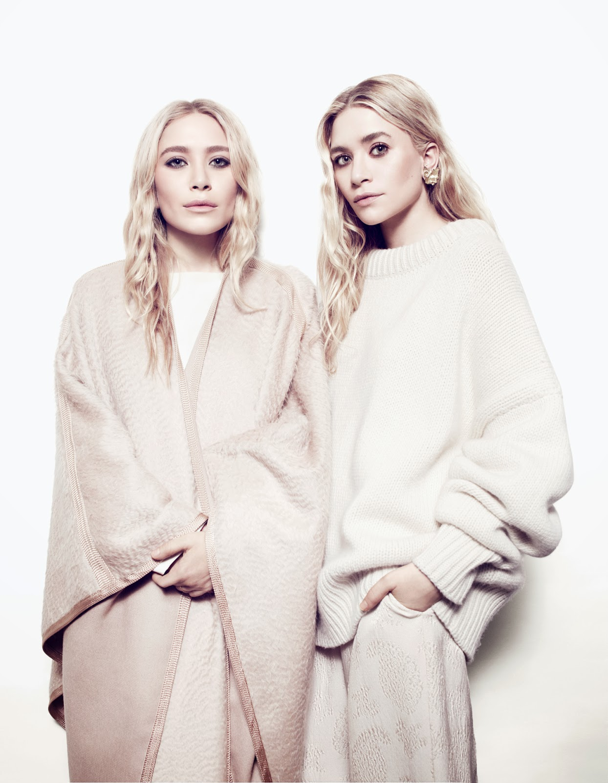 NET-A-PORTER-THE-EDIT-MAGAZINE-OLSEN-TWINS-MARY-KATE-AND-ASHLEY-OLSEN-PHOTOS-2